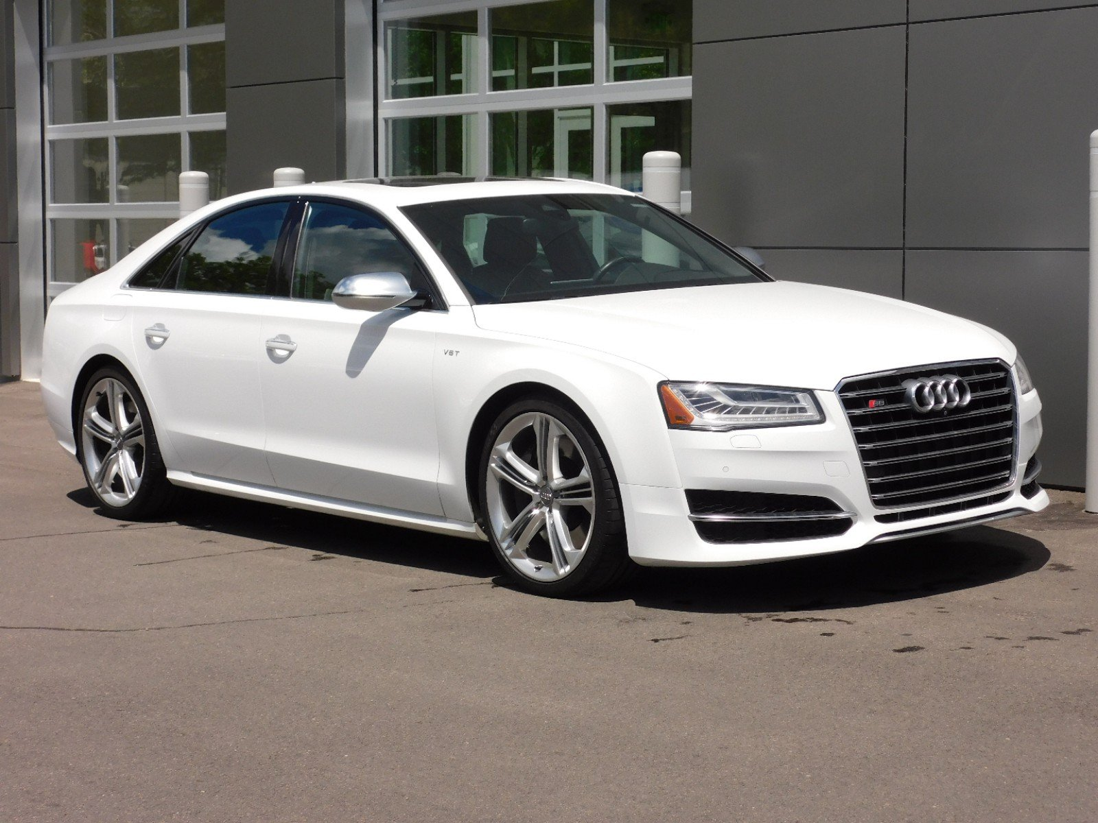 Pre-Owned 2015 Audi S8 4DR SDN