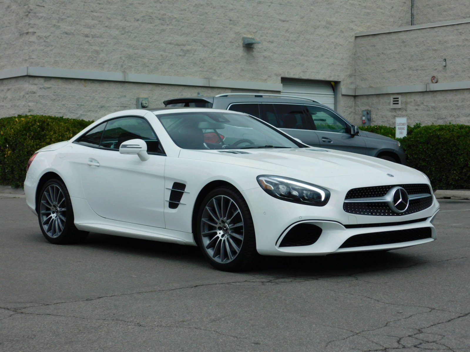 Attractive Pre Owned 2018 Mercedes Benz SL SL 550